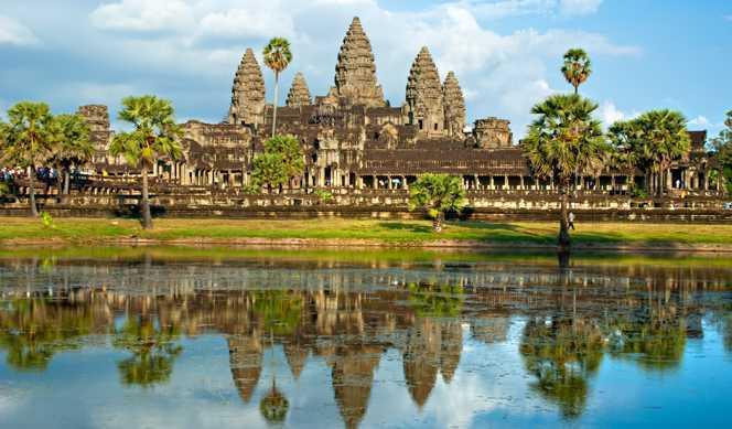 Des temples d'Angkor au delta du Mékong, Hanoï et la Baie d'Along   avec Croisivoyage