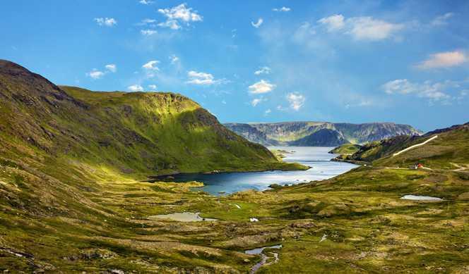A la Recherche des Aurores Boréales avec accompagnateur avec Hurtigruten