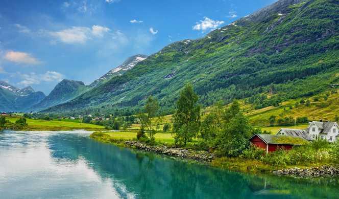 Royaume-Uni, Norvège avec Cunard