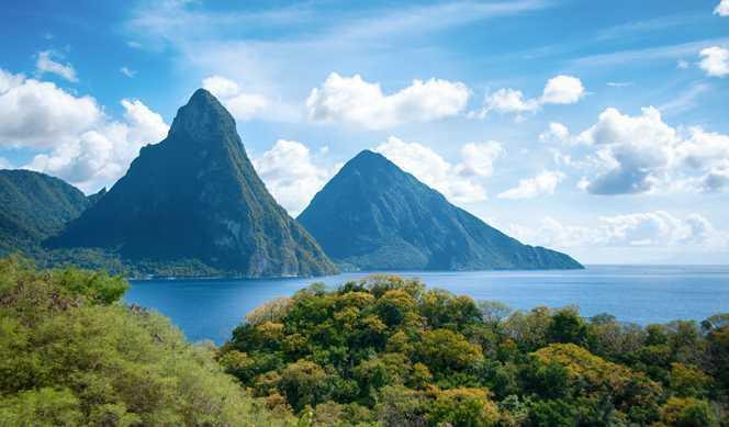 Guadeloupe, Pays-Bas caribéens, Aruba, Curaçao, Grenade avec Costa Croisières