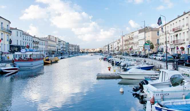 Le Provence : De Arles à Sète   avec Croisieurope