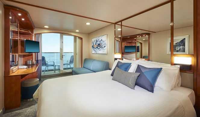 2 lits bas convertibles, coin salon, sofa, balcon privé, salle de bains avec douche, téléphone, télévision, climatisation, sèche-cheveux.