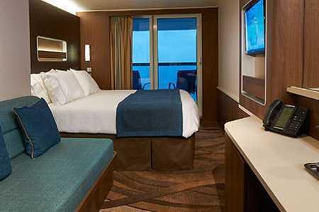 Avec votre propre espace extérieur, vous bénéficierez d'une vue  panoramique sur les océans. Vous apprécierez un dîner sur votre balcon  ou simplement le lever du soleil au petit matin. La cabine extérieure  avec balcon a un côté magique ... surtout lorsque votre cabine se situe à  l'arrière du navire.
