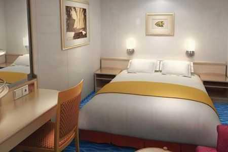 2 lits bas ou un grand lit, salle de bain privée avec douche, téléphone, TV, climatisation, sèche-cheveux.