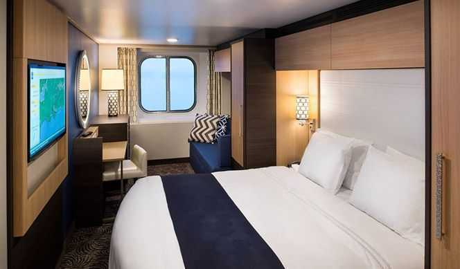 Profitez de votre journée en explorant le monde puis revenez dans votre cabine pour ne rien manquer de votre croisière. Admirez les vues spectaculaires grâce à la vue imprenable depuis le hublot de votre cabine vue mer. Toutes les cabines sont équipées de coin salon, deux lits jumeaux ou un grand lit, literie luxueuse, TV, téléphone et coffre-fort, salle de bain privée avec douche, coiffeuse et sèche-cheveux