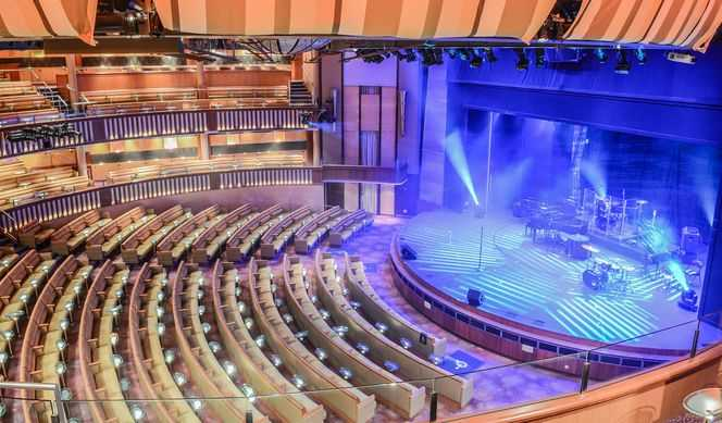 Celebrity Constellation Théâtre