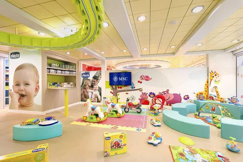 Aire de jeux en plein air,  Club enfants,  Espace ados...   A partir de l'été 2017, et selon les disponibilités, les enfants de moins de 12 ans peuvent voyager gratuitement s'ils logent en cabine avec leurs parents. MSC a toujours fait le maximum pour offrir aux familles les croisières les plus mémorables en mettant le personnel dédié aux petits soins des enfants. Pour cela, des espaces ont été spécialement aménagés, comme le Baby Club et le Mini Club réservés aux 0-3 ans et aux 3-6 ans. Le Junior Club, le Young Club et le Teen Club réservé aux adolescents de 15 à 17 ans complètent ces espaces destinés à agrémenter le séjour des familles à bord du paquebot.