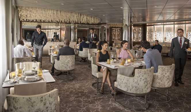 Restaurant principal, Buffet, 5 Restaurants de spécialités (parfois avec suppléments), Œnothèque, 11 Bars, Glacier, Brasserie...