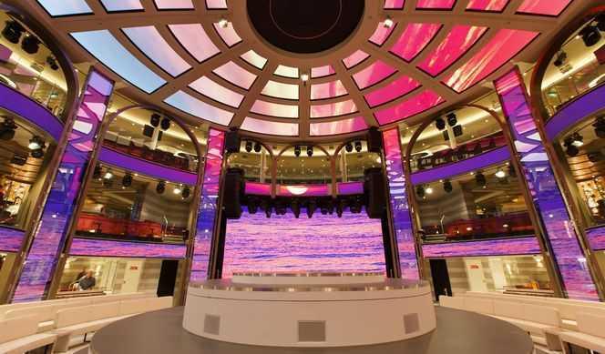 Théâtre, Discothèque, Casino, Piano-bar, Jazz Club...