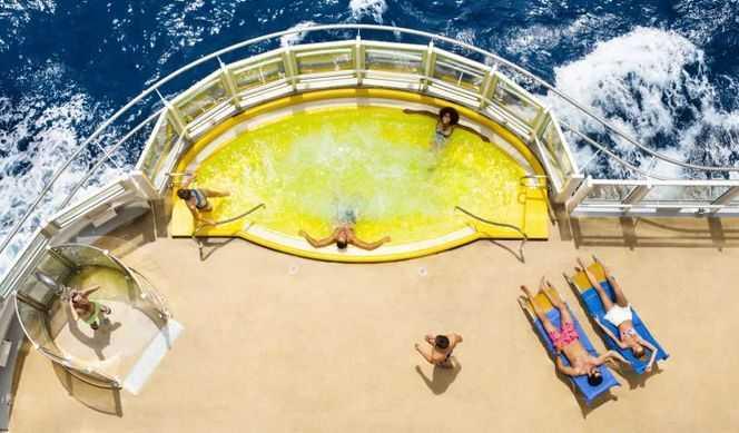 Le Samsara Spa avec un salon de bien-être, une salle de sport, un sauna, un hammam, une piscine de balnéothérapie, 16 salles de traitement ainsi que des cabines de neige, de sel et de relaxation...