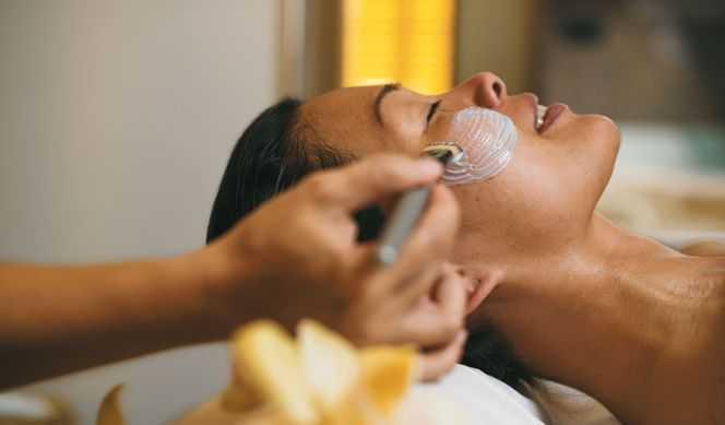 Massage,  Réflexologie,  Salle de fitness,  Salon de beauté,  Coiffeur...