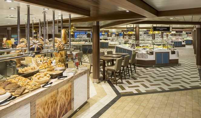 Restaurant principal, Buffet, Restaurants de spécialités (parfois avec suppléments), Œnothèque, Bars, Cafétéria...